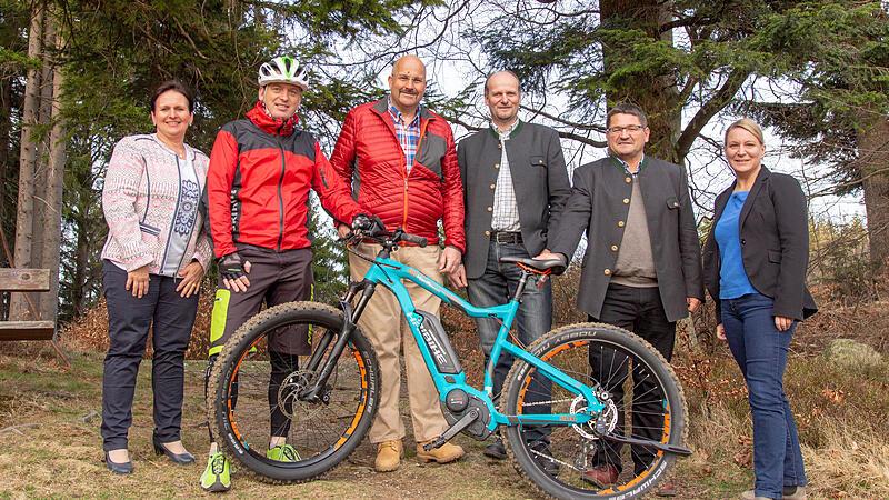Zusammen mit Radfahren und Mountainbike